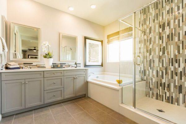 Bathroom Remdoleing Midland Tx